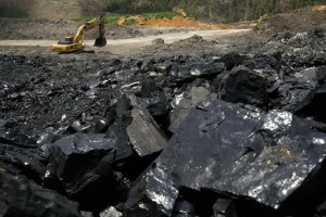 Indonesian Coal Miners Boosted by Decade-High Prices